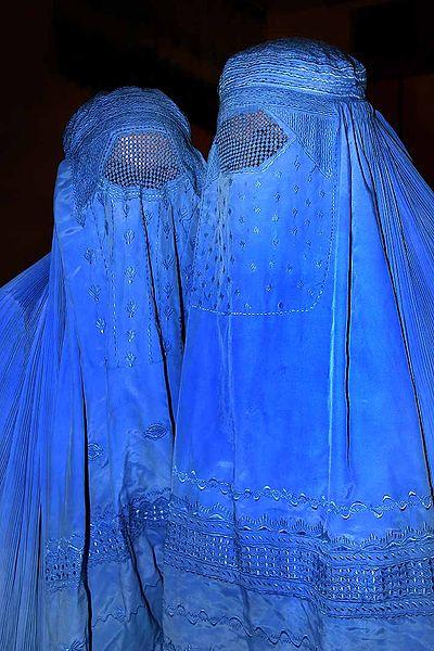 400px-Burqa_Afghanistan_01