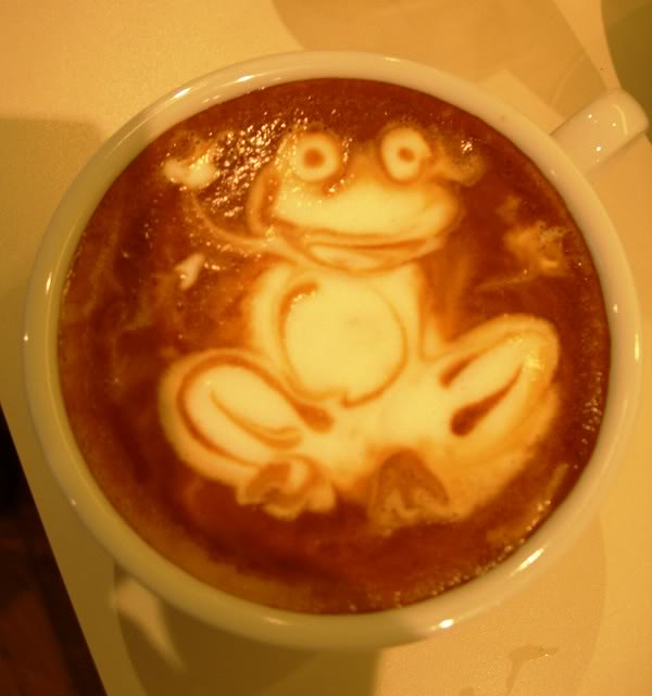 coffee art photo:  CoffeeArt-Frog.jpg