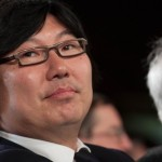 「アジア人への人種差別攻撃だ!」上院議員、フランスのラジオのコメディアンに激怒!