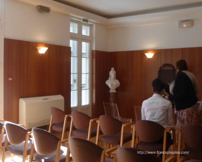 フランス 市役所 マリアンヌ